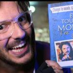 """Vidéo : """"Et tout le monde s'en fout"""" sort un livre !"""